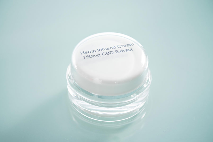 plastic hemp cream jar with imprint